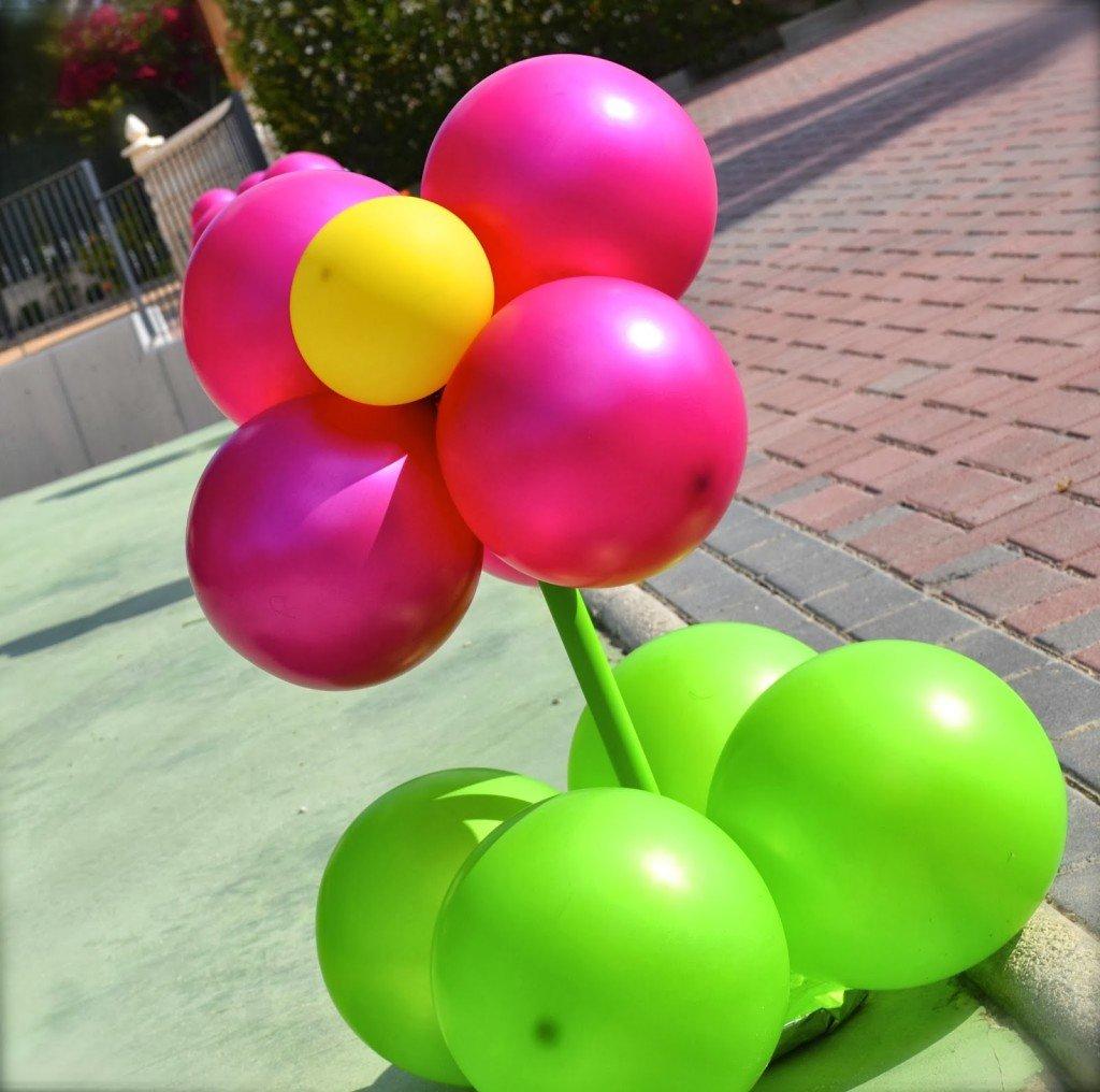 no me digais que no son bonitas las flores con globos